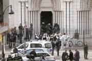 [사진] 노트르담 성당서 여성 둘, 남성 한 명 피살