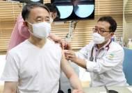 """독감백신 접종후 83명 사망…""""이중 72명은 인과성 매우 낮다"""""""