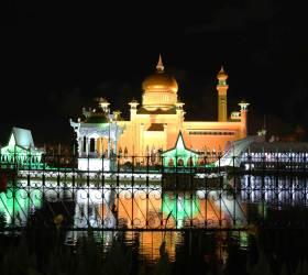 [<!HS>한<!HE> <!HS>컷<!HE> <!HS>세계여행<!HE>] 이슬람 왕국 브루나이의 르네상스 스타일 사원