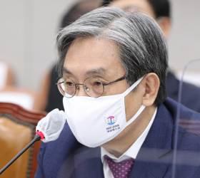 """""""살인자 발언? 가짜뉴스"""" 트럼프 역풍맞은 그 수법 쓰는 靑"""