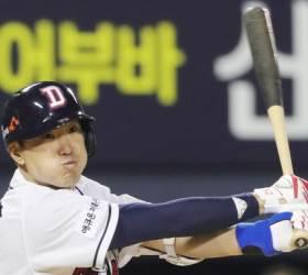 두산 김재호, PS 79경기 만에 가을 첫 홈런