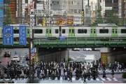 일본, 코로나19 신규 확진 사상 첫 2000 넘어… 도쿄만 493명
