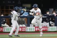 NC, 구창모-양의지 앞세워 3승 선점…우승까지 1승