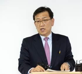 """이재명 <!HS>공수처<!HE>법 개정 지지에, 석동현 """"제물 된뒤 땅치지 말라"""""""