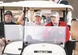 트럼프, G20 회의 중 '대선 불복' 트윗 날리고 골프장행