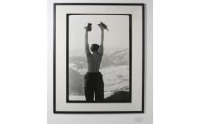 돌멩이를 테이블로…르 코르뷔지에가 사랑한 디자이너 샬롯 페리앙