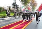 이번엔 드론 공격에 이란 고위 장성 폭사…일촉즉발의 중동