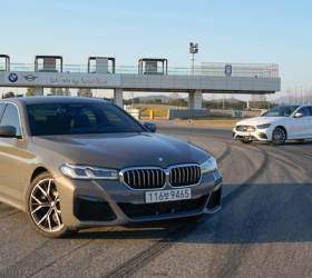 [<!HS>Car리뷰<!HE><!HS>천車만별<!HE>]⑩ BMW와 벤츠가 서로 닮아간다고? 2편