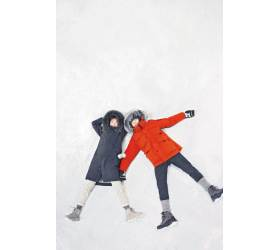[High Collection] 상품부터 옷걸이·마네킹까지 … 친환경 <!HS>아웃도어<!HE> 브랜드로 재탄생
