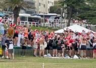 영국인들 '글로벌 코로나 민폐' 이번엔 호주서 '노마스크 파티'