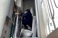 '함바' 설거지, 배달…6주만에 문 연 필라테스 강사의 눈물