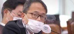 """""""12대1로 싸웠다"""" 박주민 발언에 """"동료를 반개혁 몰아가"""" 與 발칵"""
