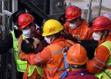 650m 지하서 2주일···中광부 11명 구조, 10명은 생사 모른다