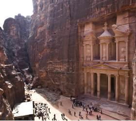 [<!HS>한<!HE> <!HS>컷<!HE> <!HS>세계여행<!HE>] 사막 협곡 아래에 신전이… 2000년 비밀 간직<!HS>한<!HE> 고대 도시