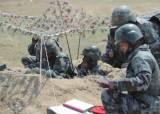 [이철재의 밀담]얼룩무늬라 '메이드인 코리아'? 북한군 신형 전투복의 진실