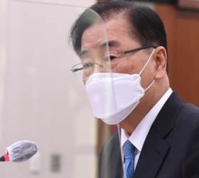 """정의용 """"김정은, 안보 보장되면 <!HS>핵무기<!HE> 포기하겠다고 했다"""""""