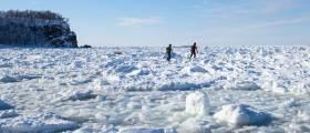 [<!HS>한<!HE> <!HS>컷<!HE> <!HS>세계여행<!HE>] 세상의 땅끝에서 얼음 덮인 바다를 걷다