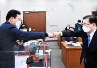 """정의용 """"北 비핵화 의지""""에 美국무부·국방부 다 반박했다"""