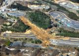[사진] 대지진 10년 후쿠시마 또 강진