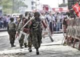 미얀마 군, 고무탄 쏴 부상자 속출…양곤엔 장갑차 투입