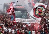 확진자 1천만명 넘는 브라질, 두 눈 의심케한 충격적 풍경