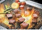 [라이프 트렌드&] 소소한 혼밥도, 엄마표 밥상도...'슬기로운 고기생활'