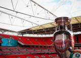 한 해 미뤄진 유로2020, 잉글랜드 단독개최 급물살