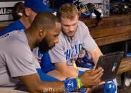 2021 MLB, 더그아웃에서 태블릿 PC 사용 가능…투타 분석 활용