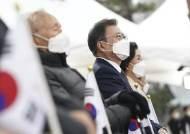 손흥민·류현진·지소연…집권5년차에 스포츠 띄우는 文, 왜