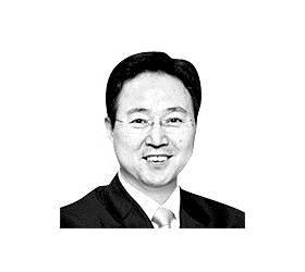 [<!HS>강찬수의<!HE> <!HS>에코<!HE><!HS>사이언스<!HE>] 후쿠시마 오염수 희석해도 방사성 물질 월성원전의 100배