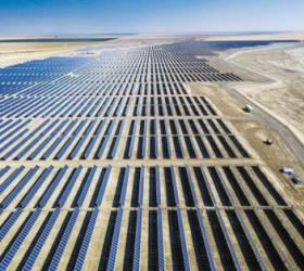 [그린뉴딜] 태양광, 그린수소 사업 주력 … 글로벌 친환경에너지 <!HS>기업<!HE> <!HS>도약<!HE>