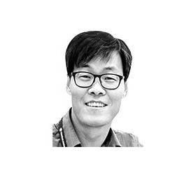 [<!HS>김기찬의<!HE> <!HS>인프라<!HE>] 글로벌 무대 데뷔한 쿠팡이 던진 질문과 과제