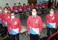 """박영선 아닌 文을 때렸다···김종인 """"이 정권에 국민 신뢰 없어"""""""