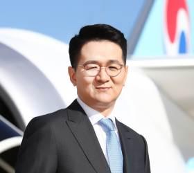 조원태 회장, 국민연금 반대에도 <!HS>대한항공<!HE> 사내이사 재선임