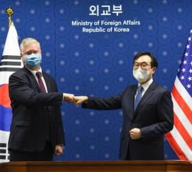 文정부 자랑 '평화 프로세스'···그 핵인 이도훈, 공관장 배제 왜