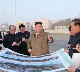 北, 옛 <!HS>김일성<!HE> 관저 자리에 계단식 주택 건설, 각 부문 공로자들에게 선물