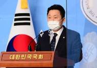 """민주당 """"서울·부산 모두 사전투표 크게 이겼다, 1% 싸움갈것"""""""