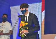 KCC 송교창, 프로농구 첫 '고졸 MVP' 새 역사