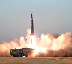 """""""북한, 6년 뒤 <!HS>핵무기<!HE> 최대 242개…<!HS>핵<!HE> 선제공격 위협 커졌다"""""""