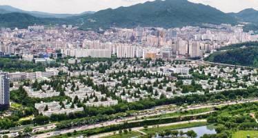 '집 1+1' 준다는 정부 당근책은 위헌 논란 '세금폭탄' 정책
