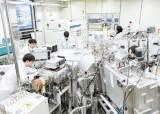 [대한민국 R&D 100조 시대] 첨단 제조산업 이끌 혁신적 소재 <!HS>기술<!HE> 개발에 전사적 역량 집중