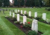 100년간 이름도 없이 묻혔다…英 위해 싸운 35만 영웅의 비극