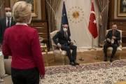 """""""내가 넥타이 맸어도 그랬을까?""""…'소파게이트' 직격한 EU 위원장"""