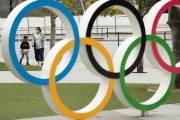 """""""무모한 일본군 같다"""" 日도 욕한 스가의 올림픽 책임회피"""