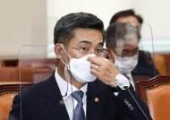 """서욱 """"천안함 北 소행…좌초설 신상철, 이해할 수 없는 사람"""""""