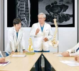 [<!HS>건강한<!HE> <!HS>가족<!HE>]척추 내시경 활용해 고령층 허리·목 통증 단계별 맞춤 치료