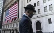 인플레 유령에 시장은 떠는데…물가에 기름붓는 재정·통화정책