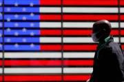코로나19 하루 사망자 3400명 미국, 600명대로 급감했다