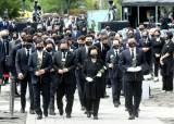 친문 갈라지자···앞다퉈 '盧의 후예' 자처한 與 대권주자들