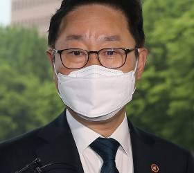 檢인사태풍…조상철 서울고검장 사의·<!HS>심재철<!HE> 중앙지검장 거론